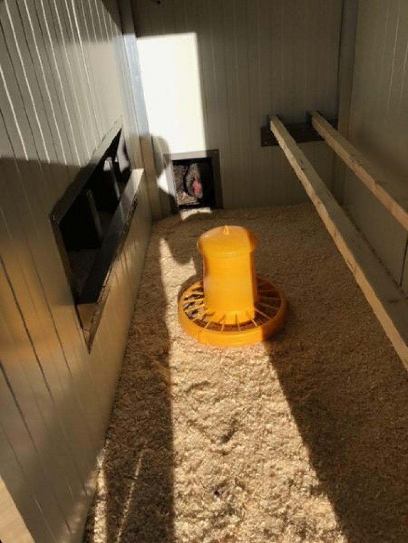 h hnerstall f r 10 h hner heinicoop uno h hnerst lle. Black Bedroom Furniture Sets. Home Design Ideas